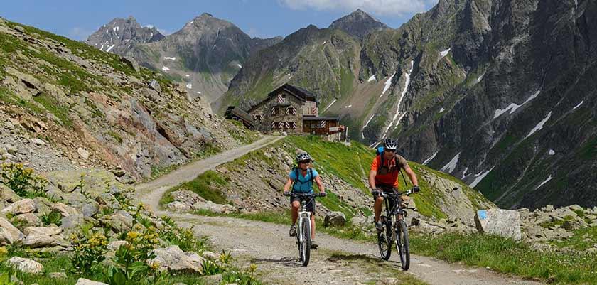 Mountainbiking, St. Anton, Austria.jpg